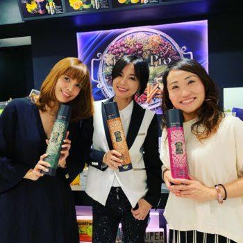 [左]SHEILAさん・[中]相川七瀬さん・[右]キンタローさんご来店-1