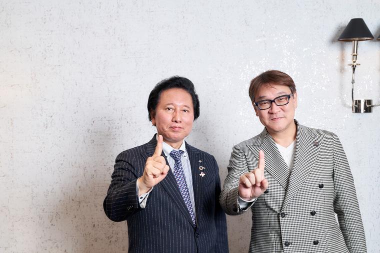 アデランスの津村佳宏社長とプロラボ ホールディングスの佐々木広行CEOの写真